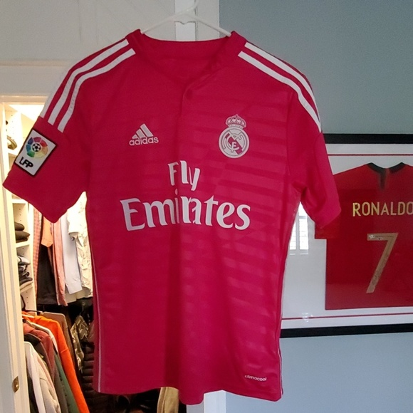 finest selection 62719 9a736 Real Madrid 14/15 Pink Jersey